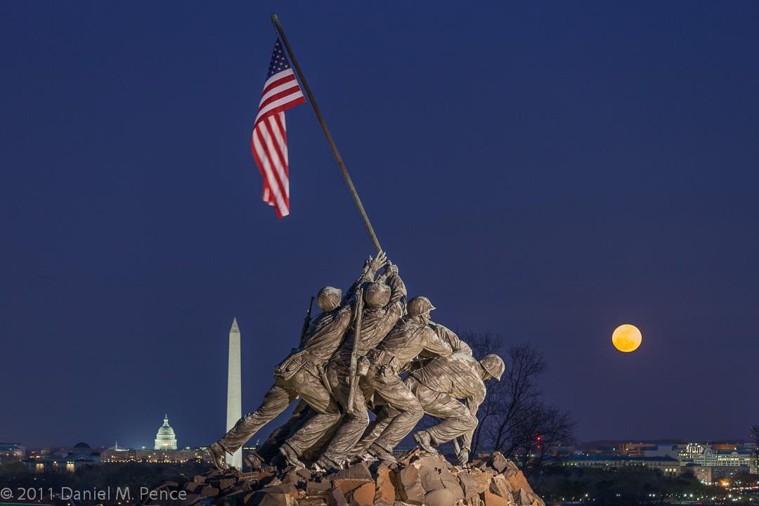 Washington DC Monuments at Night | Dan Pence Photography